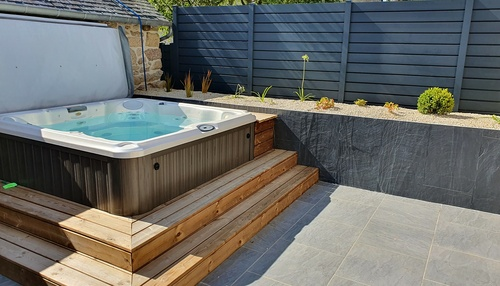 Installation d''un spa Jacuzzi