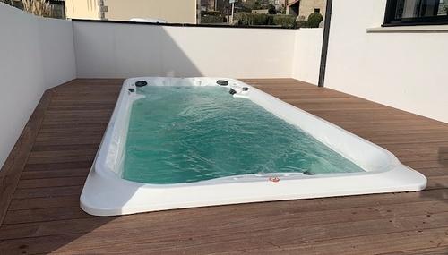 Spa de nage & Aménagement paysager