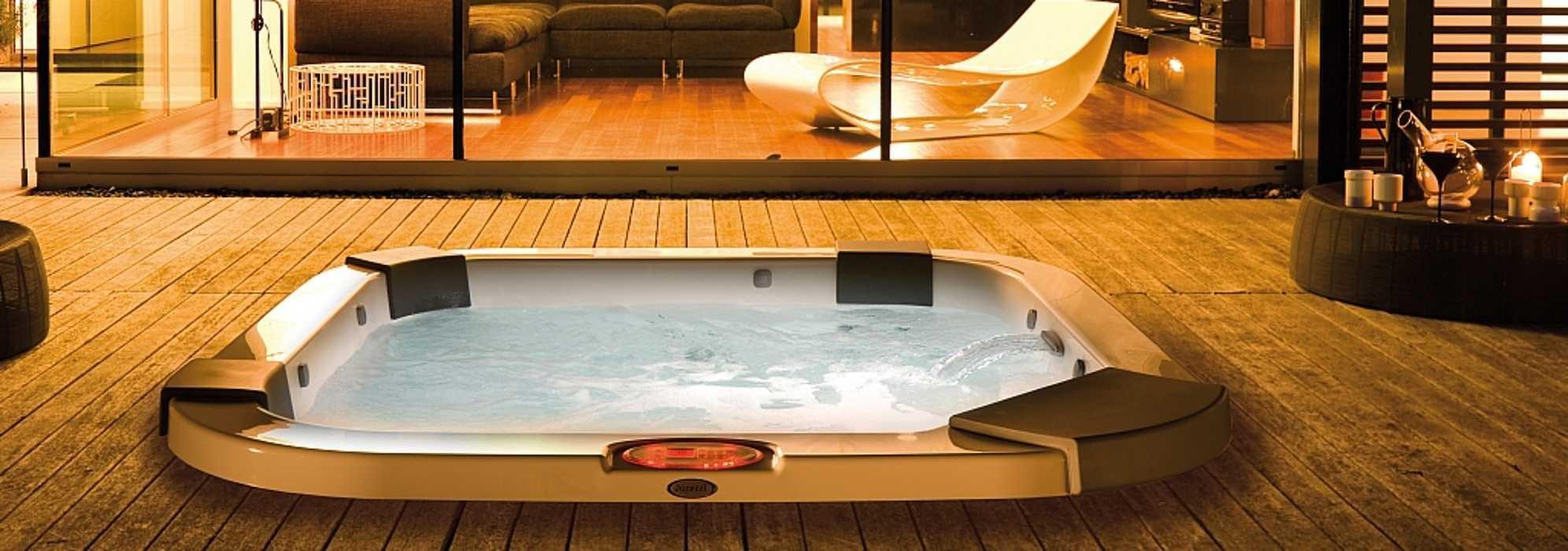 Jacuzzi® Santorini Pro : le spa pour petits espaces 0